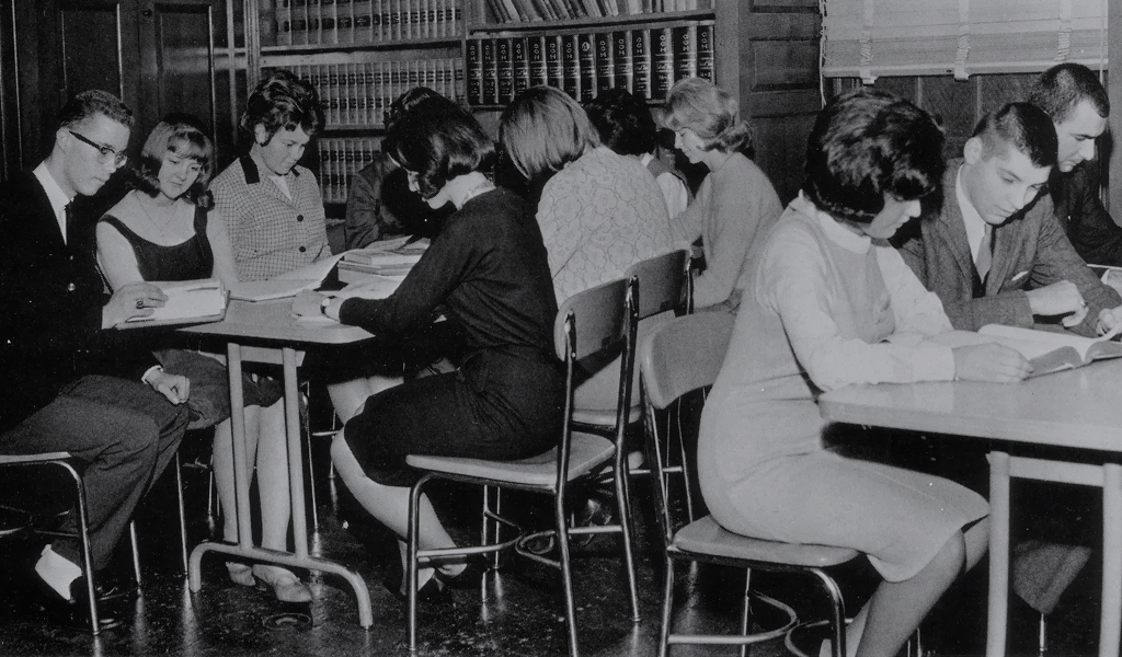 JWU students study in the library, 1963.